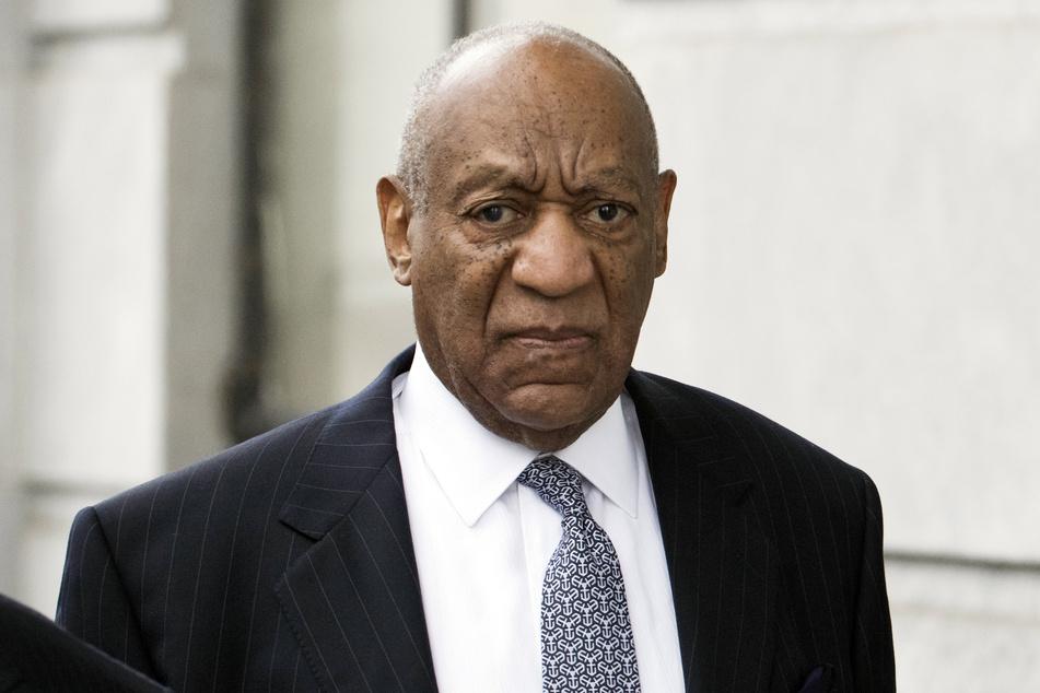 Die Verurteilung des US-Schauspielers und Entertainers Bill Cosby (83) wegen sexueller Nötigung wurde gekippt.