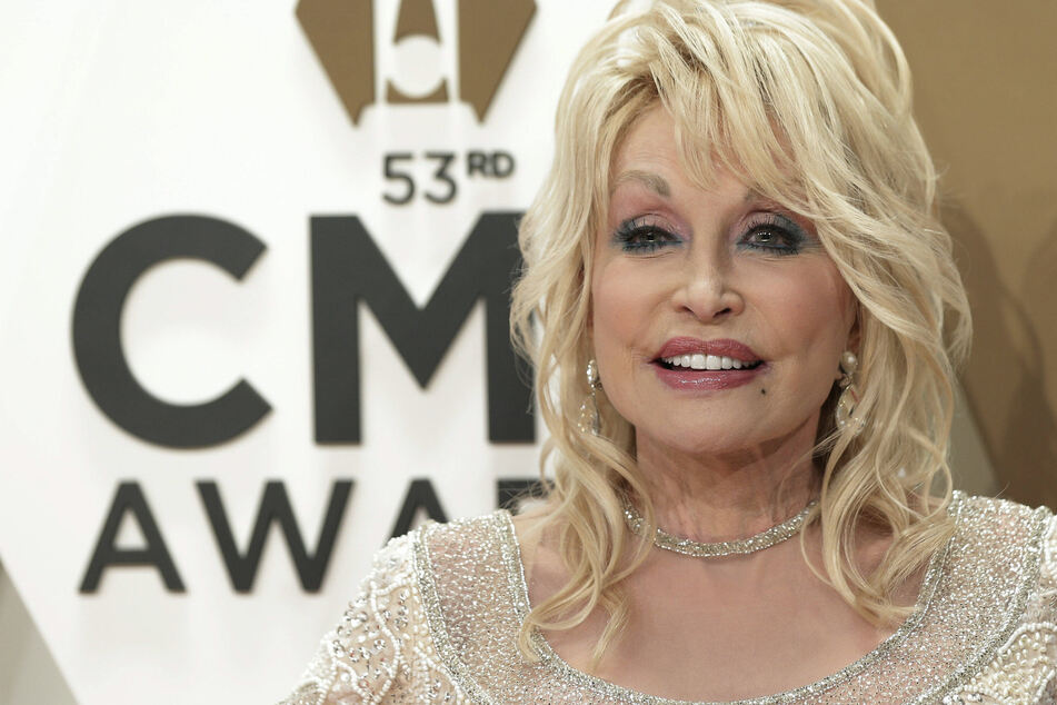 Dolly Parton had to decline when Trump offered presidential medal