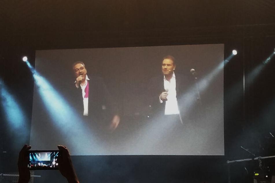 Oliver Kalkofe (l.) und Peter Kütten (r.) erklären den Ablauf der TV-Aufzeichnung.