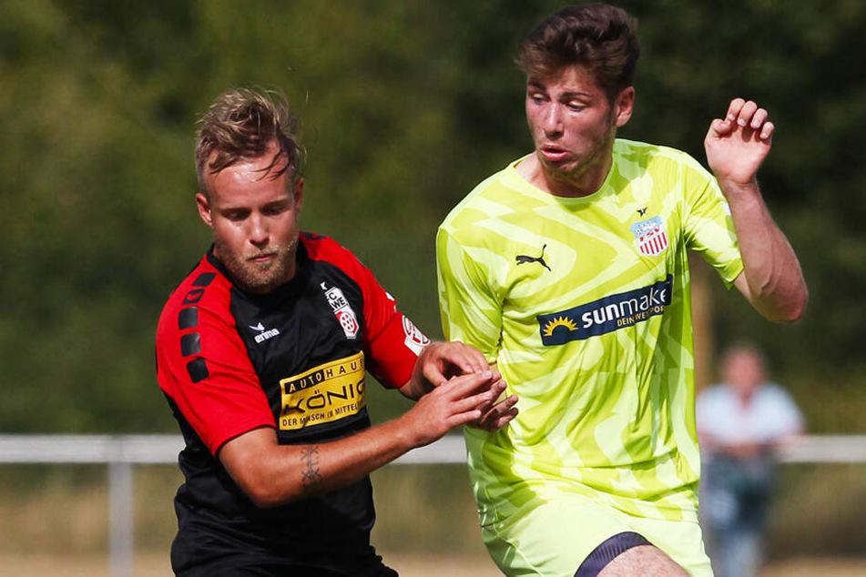 Leon Jensen (r.) traf zum 1:0 für den FSV, RWE-Wirbelwind Rico Gladrow glich zum 1:1 für Erfurt aus.