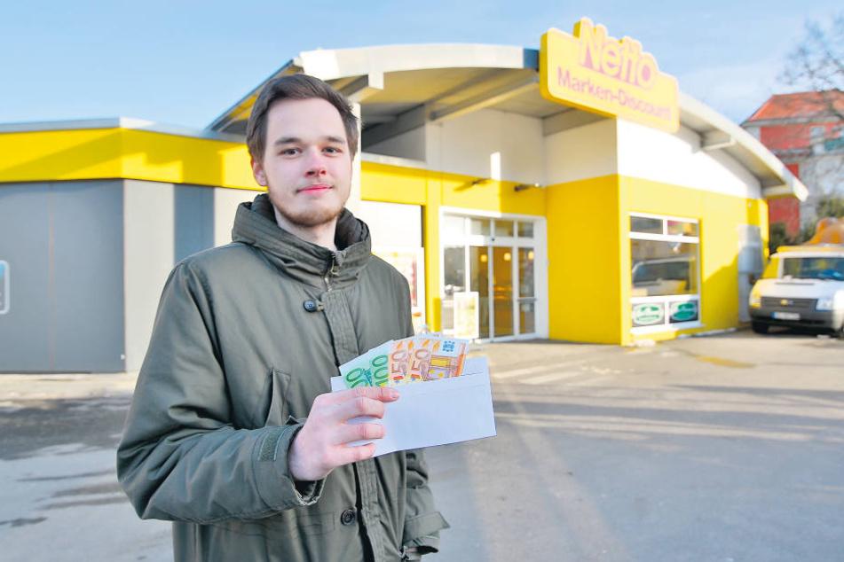 Ehrlicher Finder: Hier entdeckte Lukas Felgendreher (19) den Umschlag mit den Geldscheinen - und lieferte ihn bei der Polizei ab.