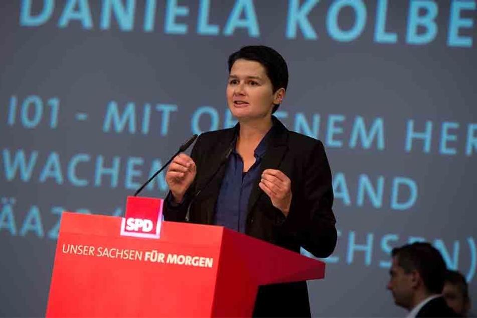 Die 38-Jährige sucht die Nähe zu den Bürgern in Leipzigs Problemvierteln.