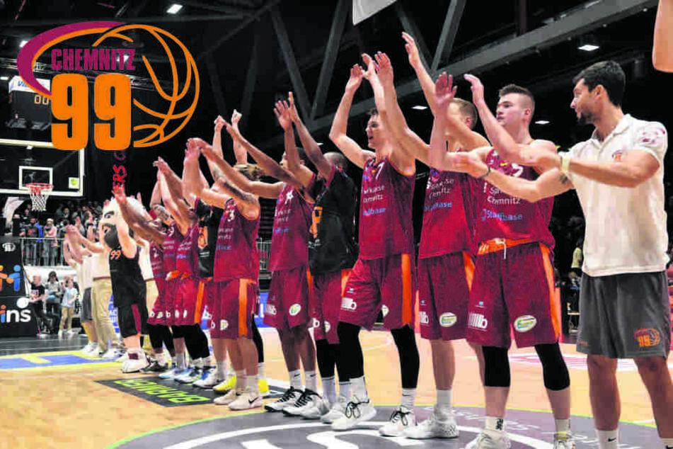 Niners-Heimauftakt mit Herz: Basketball-Fans spenden Lebensmittel für die Tafel