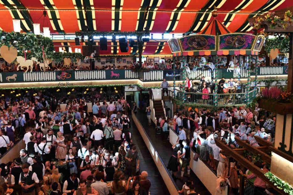Rund 6,3 Millionen Gäste sollen nach Schätzungen auf der Wiesn gewesen sein.