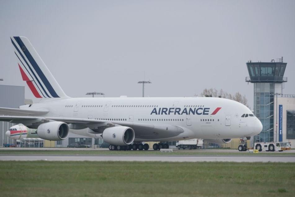 Eine Air-France-Maschine musste wegen des Lecks in Paraguay notlanden. (Symbolbild)