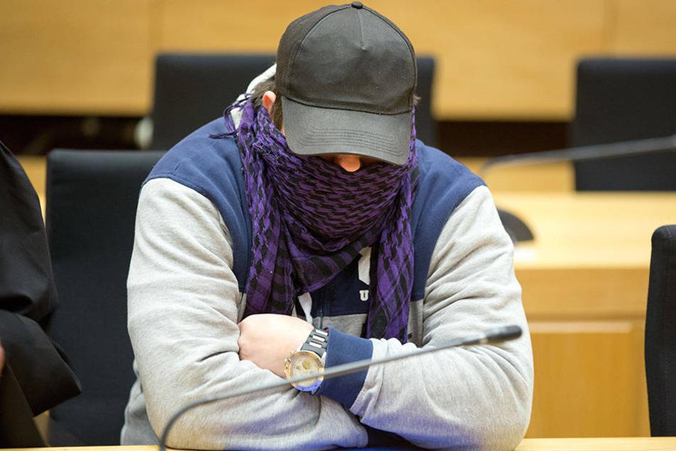 Mario V. und drei weiteren Angeklagten wird versuchter Mord vorgeworfen.