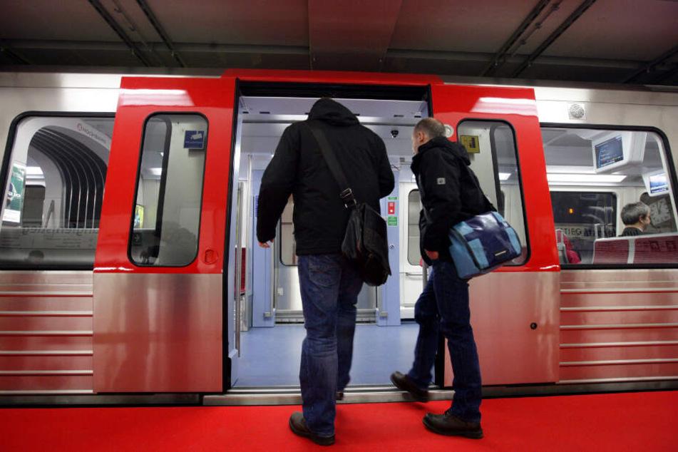 Sperrung der U1: Zehntausende Pendler müssen nun Bus fahren