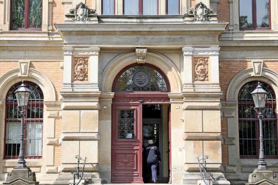 Die Verhandlung fand im Amtsgericht Zwickau statt.