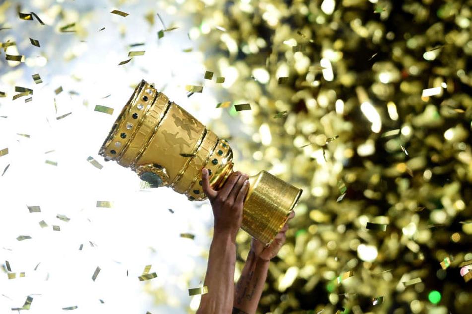 Die Eintracht stand in der Vorsaison im Finale des DFB-Pokals, musste sich aber Borussia Dortmund geschlagen geben.
