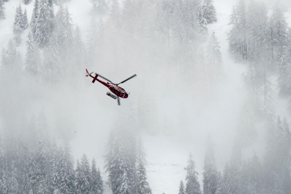 Ein weiteres Kind wurde per Hubschrauber schwerverletzt in eine Klinik gebracht. (Archiv)