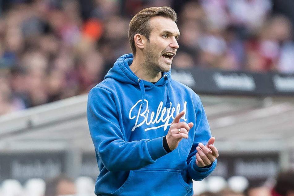 Wohl auch beim Testspiel am Nachmittag an der Seitenlinie: Interimscoach Carsten Rump.