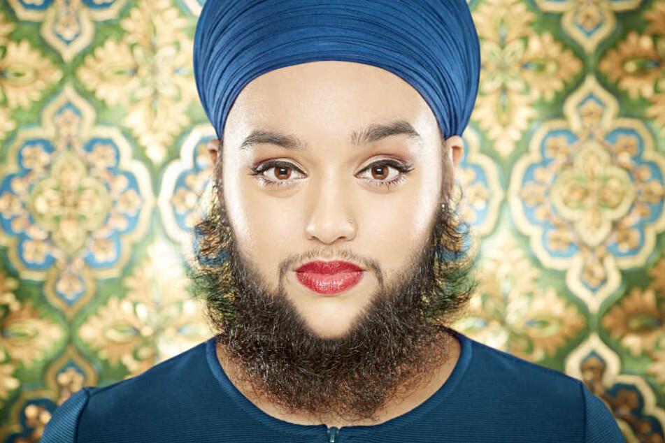 Mittlerweile ist Harnaam Kaur (27) stolz auf ihren Bart.