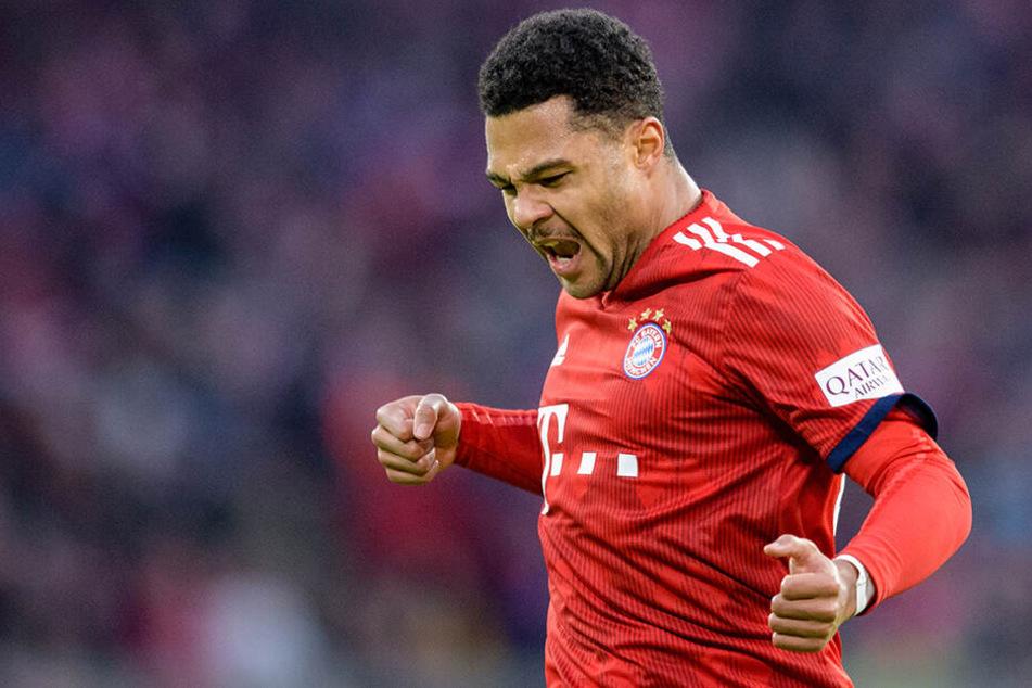 Bleiben am BVB dran: Der FC Bayern München um Serge Gnabry.