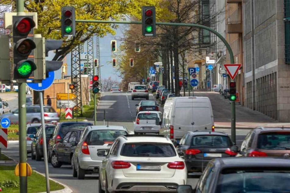 So viele grüne Ampeln hintereinander sieht man in Bielefeld selten.