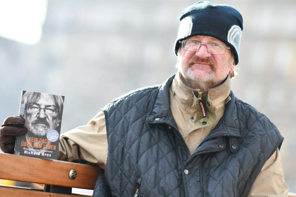 """Die Einnahmen seines Buches """"Kein Dach über dem Leben"""", möchte der 53-Jährige in eine hospizähnliche Betreuungsform legen."""