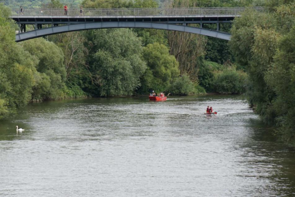 Großeinsatz in Plochingen: Ist ein Kind in den Neckar gefallen?