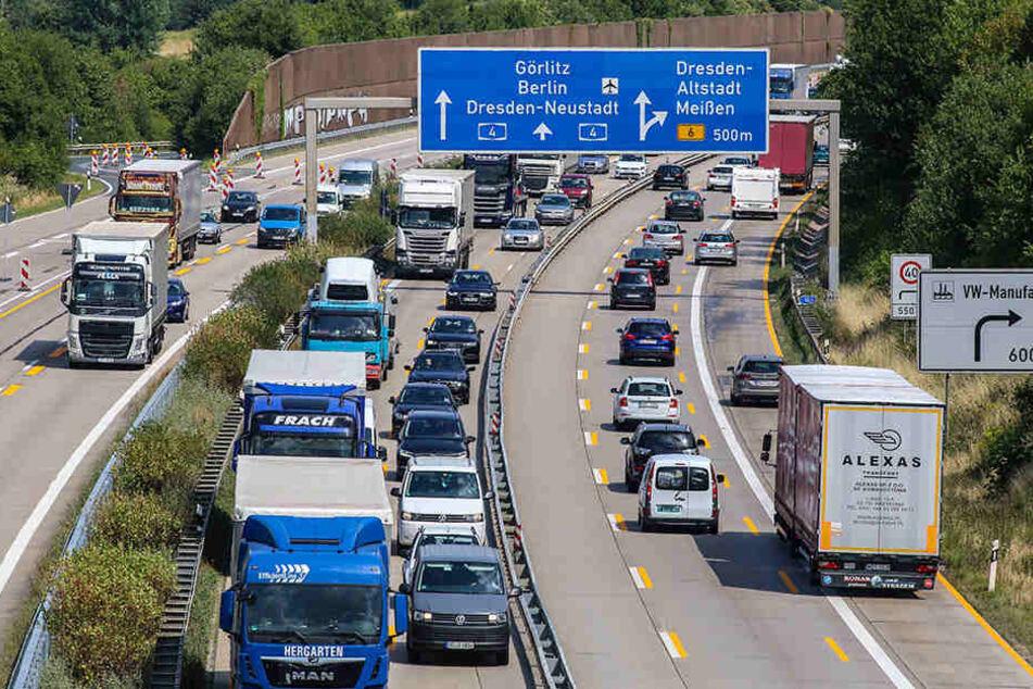 Autofahrer auf der Autobahn 4 bei Dresden werden immer wieder auf die Geduldsprobe gestellt.
