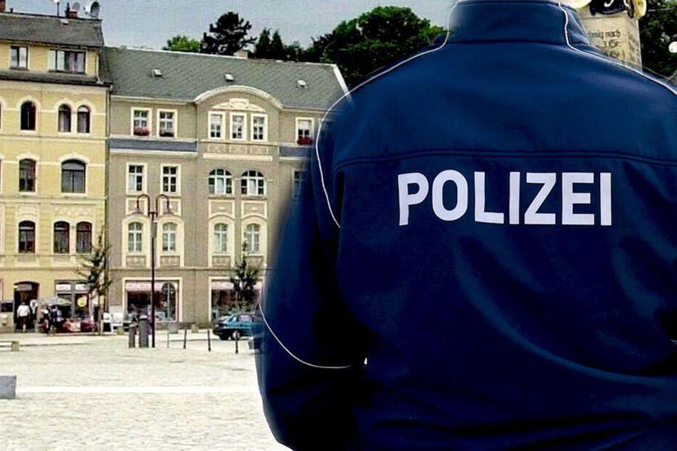 Polizeibeamte nahmen die Personalien aller Beteiligten auf.