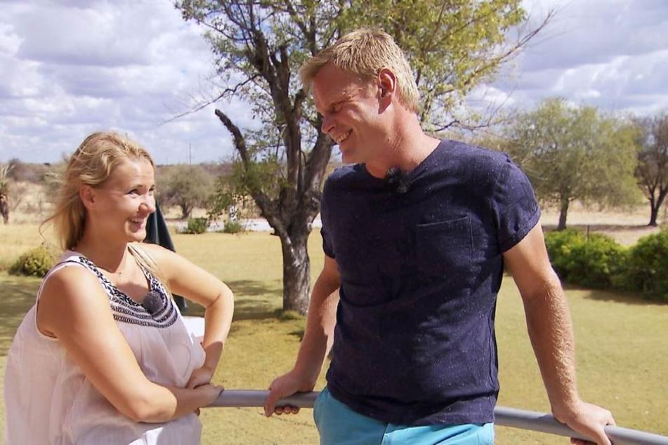 Bauer Jörn (38) und seine Oliwia (28) lachen viel gemeinsam.