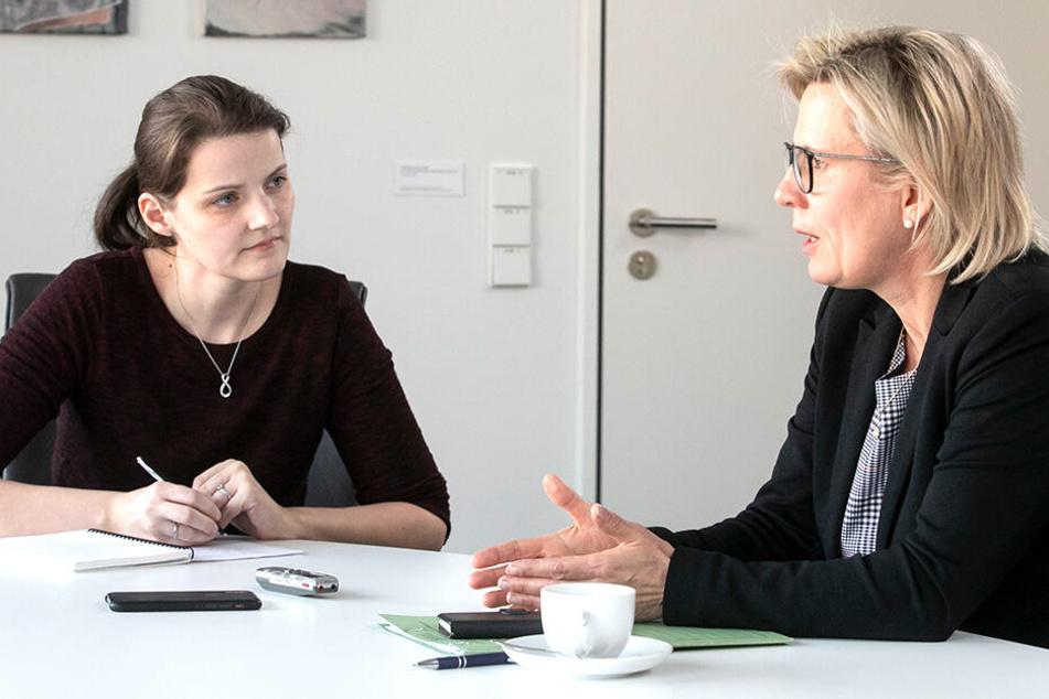 Die Staatsministerin sieht die Sachsen gesundheitlich gut versorgt. Mit der Redakteurin spricht sie über den Landärztemangel, Impfpflicht, Pflege und Prävention.