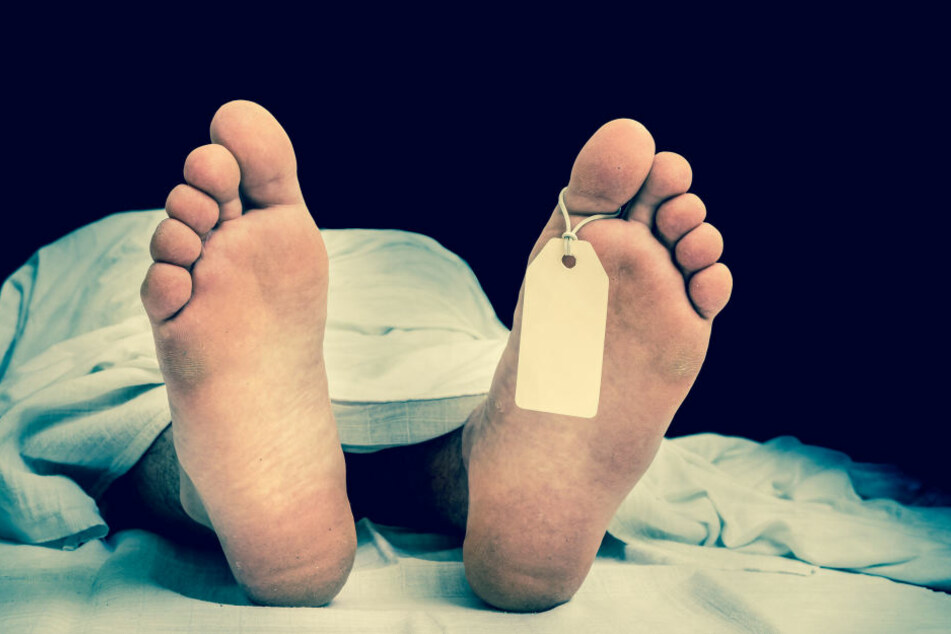 Die Leiche war bereits so stark verwest, dass nicht einmal das Geschlecht bestimmt werden konnte (Symbolbild).