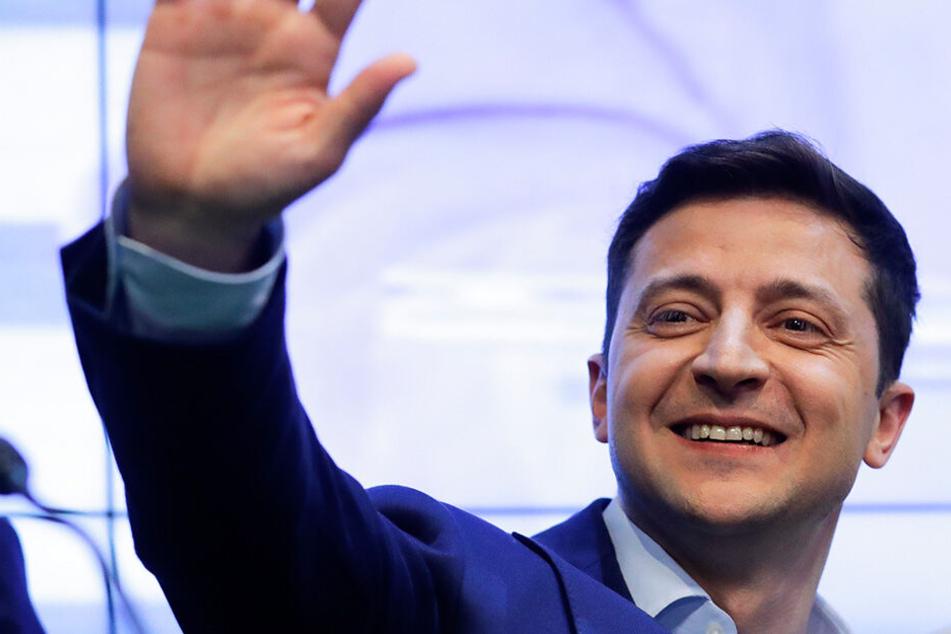 Ohne Wahlprogramm und politische Erfahrung: Komiker Selenskyj wird Präsident der Ukraine
