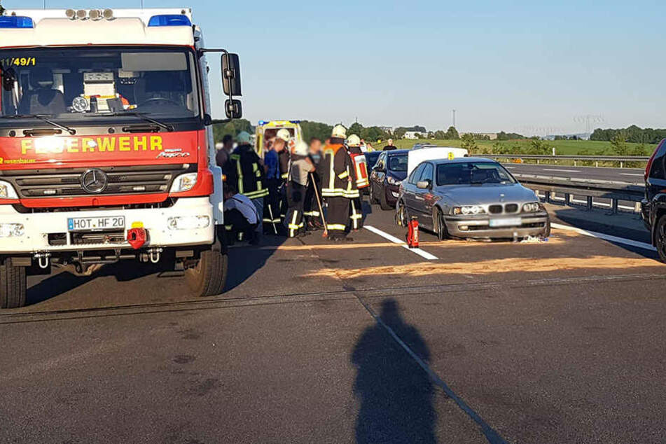 Schreckliche Unfälle auf A4: Ersthelfer wird von Auto erfasst