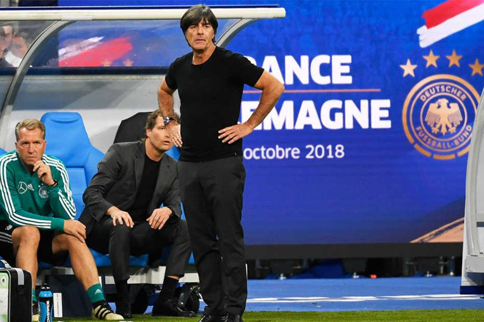 Ernüchterung beim Trainerteam um Joachim Löw (r.), Co-Trainer Oliver Sorg (M.) und Torwarttrainer Andreas Köpke (l.).