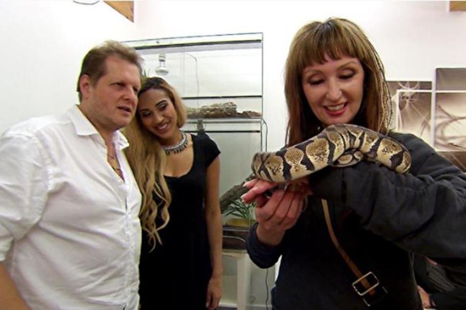 Bei Sarah Joelle kommen die Gäste mit Bewohnern aus dem Dschungel in Berührung.