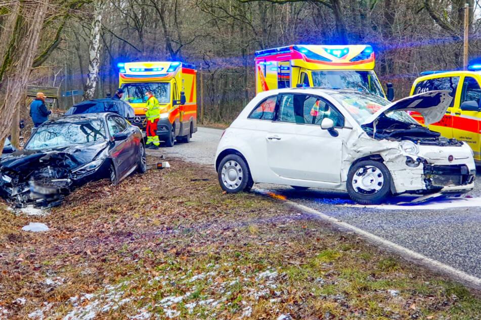 Gegenverkehr übersehen? Ein Schwerverletzter nach Abbiege-Unfall!