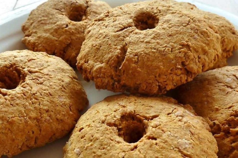 Die vermeintlich harmlosen Kekse entpuppten sich für die Gläubigen als unschöne Überraschung.