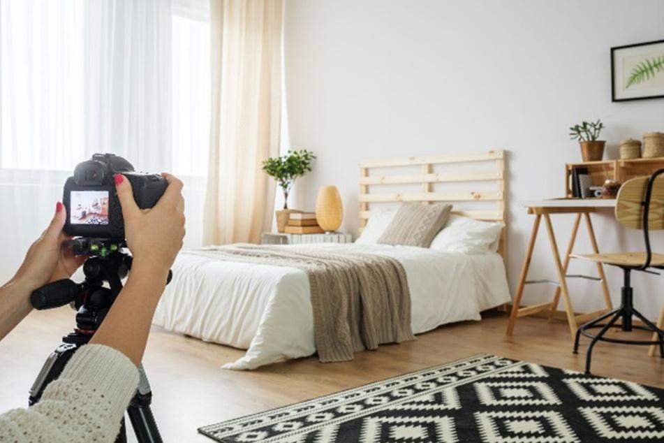 Bei Nutzung des Exposéservices wird Eure Verkaufsimmobilie von einem Immobilien-Profi fotografiert.