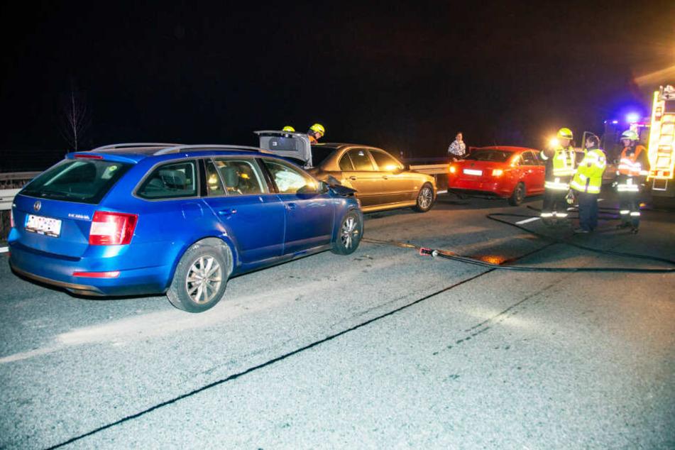 Die Fahrerin des blauen Skodas soll den Unfall verursacht haben.