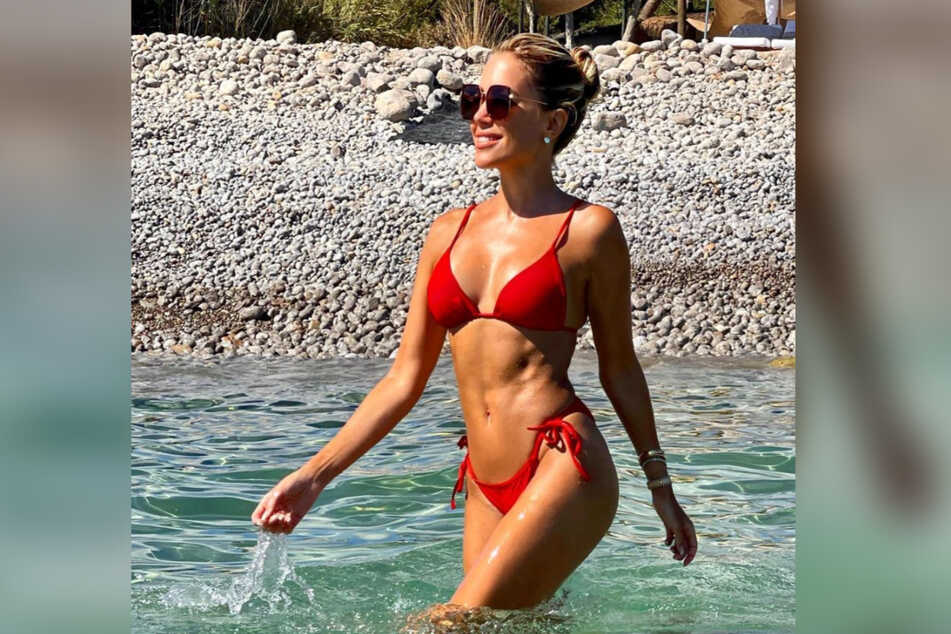 Stimmt sich Sylvie Meis (43) hier auf ihren neuen Moderations-Job unter der Sonne ein?