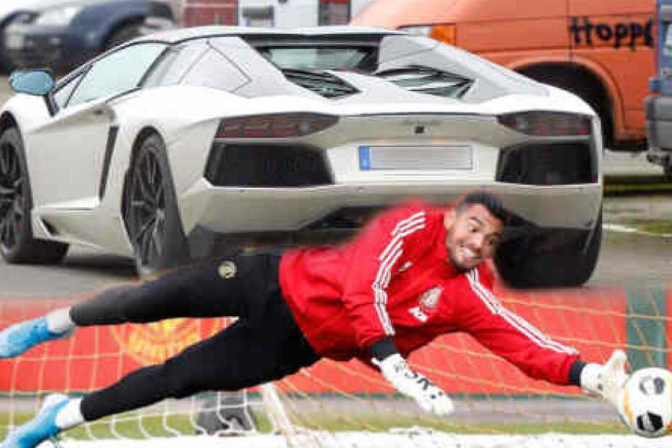 Abgeflogen: Fußball-Profi kracht mit seinem Lamborghini unter (!) die Leitplanke!