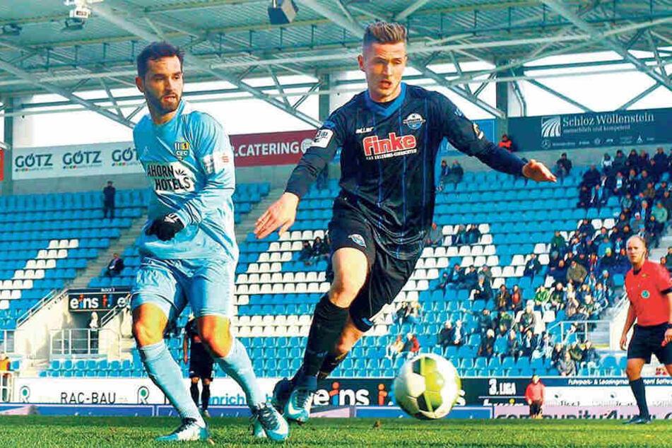 Gegen Paderborn zum Auftakt ins Jahr 2018 durfte Okan Aydin (l.) über 90 Minuten ran. Seither ist er weg vom Fenster.