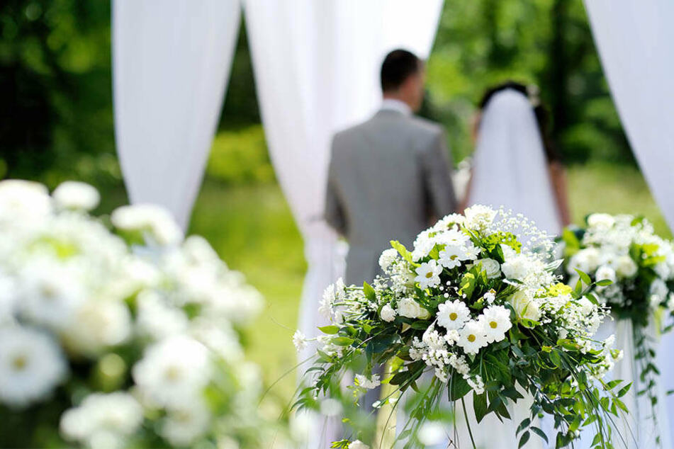 Paar gibt sich das Ja-Wort: Dann sagt der Bräutigam etwas, das alles verändert