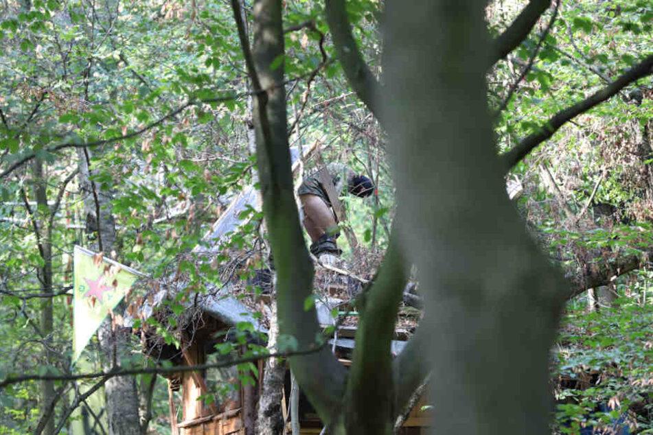 Bereits vor einigen Tagen wurden Aktivisten beim Sammeln von Fäkalien beobachtet.