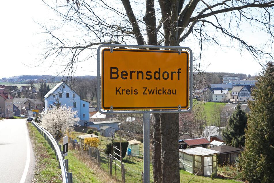 Bernsdorf ist der Corona-Hotspot in Sachsen: 38 Menschen sind in der 2216 Einwohner großen Gemeinde infiziert.