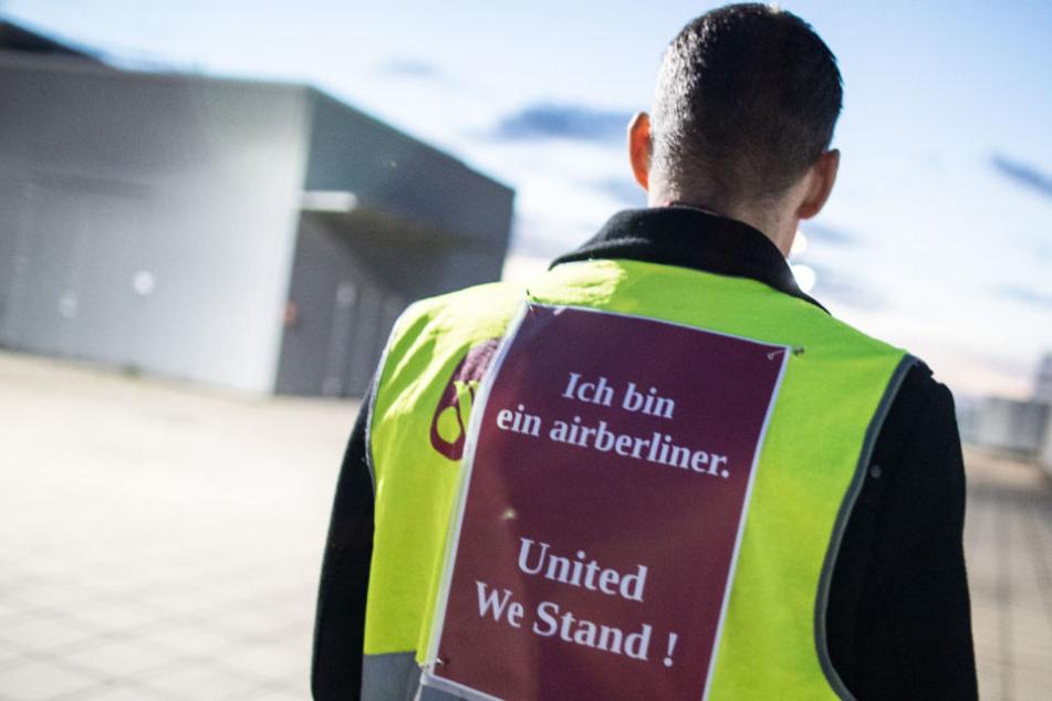 Für die Löhne der Air-Berlin-Mitarbeiter wird nach dem Begleichen der Schulden vielleicht kein Geld mehr dasein.
