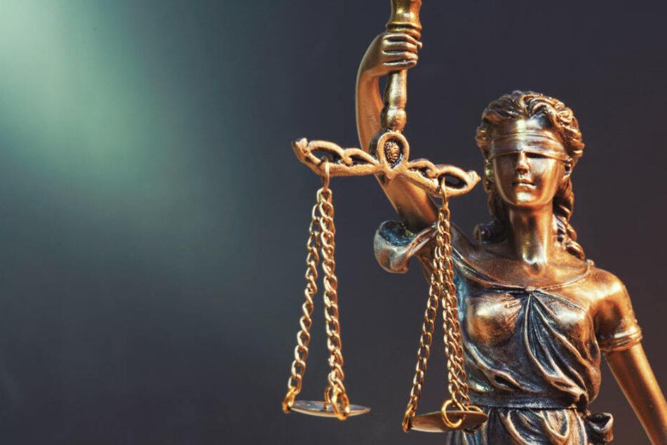 Organisiert er Heroin-Schmuggel? Prozess gegen 63-Jährigen