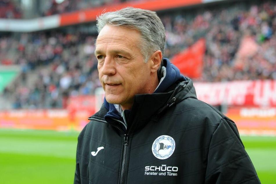 Trainer Uwe Neuhaus ist mit dem Ergebnis zufrieden.
