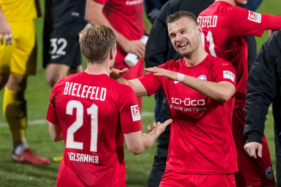 Florian Hartherz (rechts) besorgte dem DSC am Montagabend den Auswärtssieg.