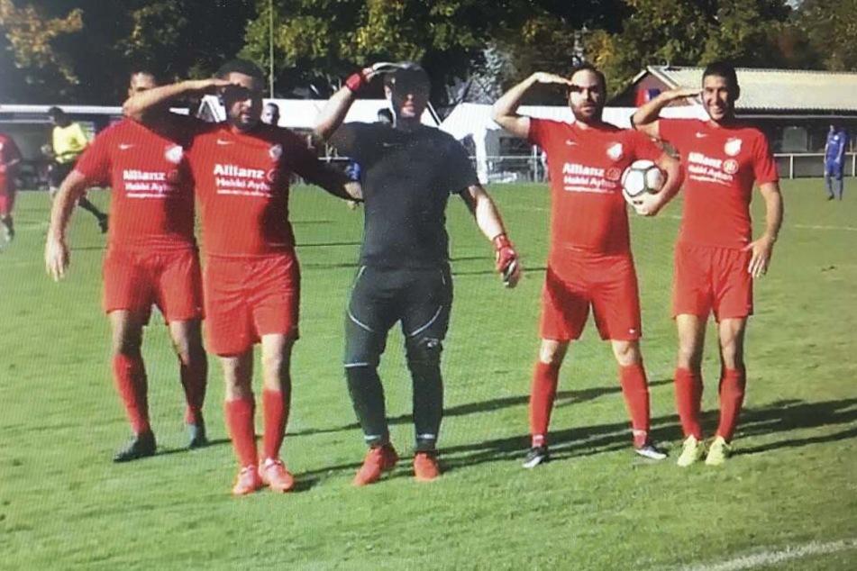 Eklat in der Kreisliga: Kicker imitieren Militärgruß der türkischen Nationalmannschaft