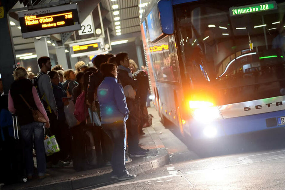 Der Busbahnhof soll wegen der vielen Fahrgäste ab 2019 in einem neuen Glanz erstrahlen.