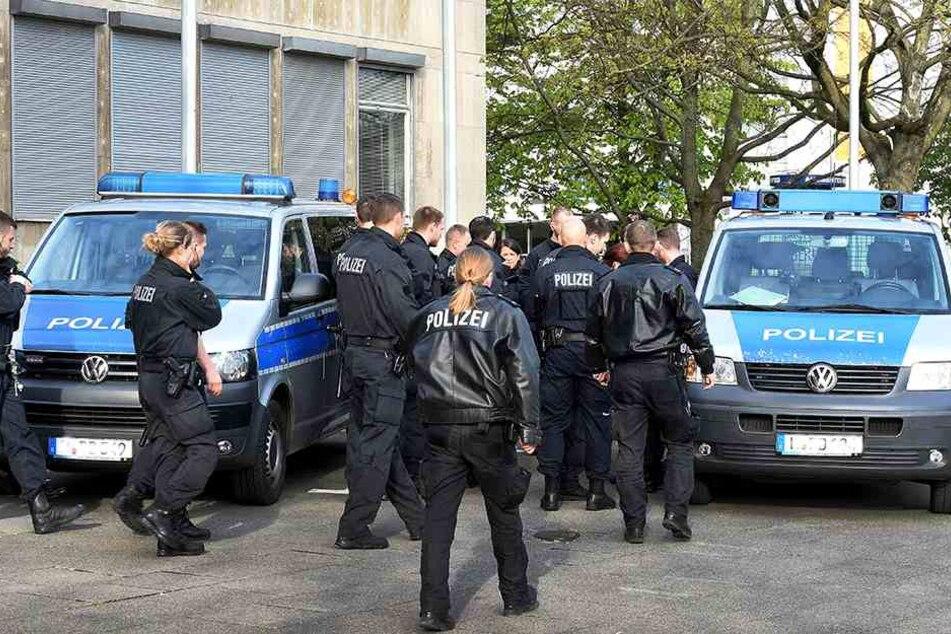 Streit zwischen Familienclans löst Polizei-Großeinsatz aus