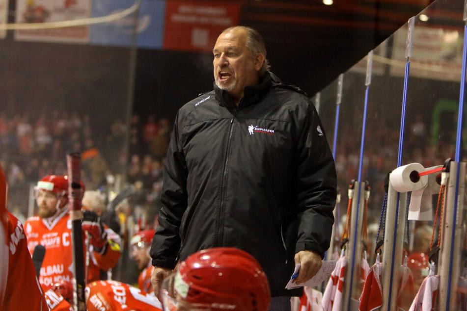 Ex-Trainer Kim Collins wechselt nach Deggendorf.