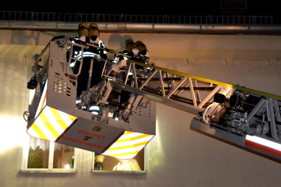Am Mittwochabend rückte die Feuerwehr nach Leipzig-Holzhausen aus.