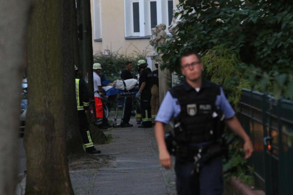 Ein nackter Mann hat in Berlin für einen SEK-Einsatz gesorgt.