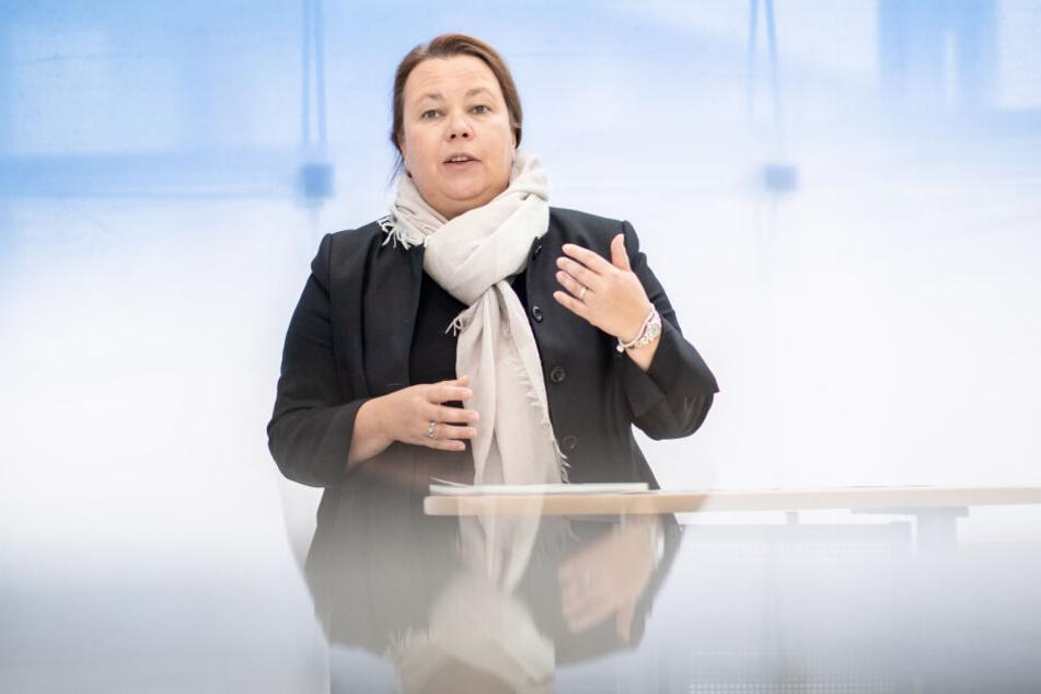 NRW-Umweltministerin Ursula Heinen-Esser (54) sieht das Land bei der Luftqualität auf einem guten Weg.